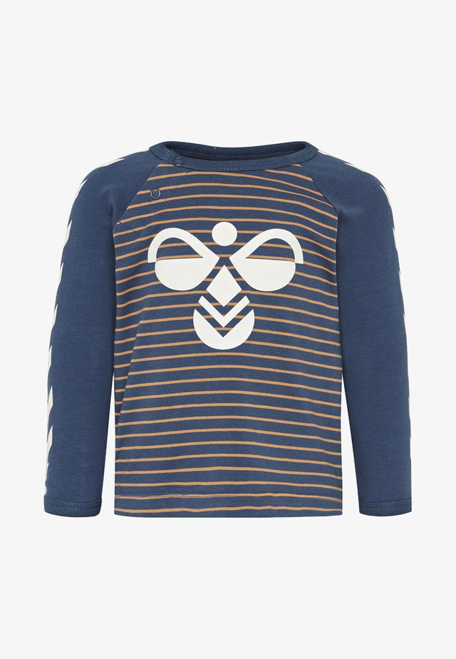 Langærmede T-shirts - apricot buff