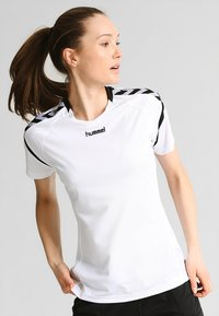 Hummel - AUTHENTIC CHARGE - Printtipaita - white - 0