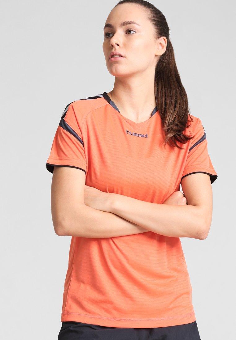 Hummel - AUTHENTIC CHARGE - Camiseta estampada - nasturtium/ombre blue