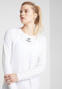 Hummel - FRAME - Pitkähihainen paita - white - 3