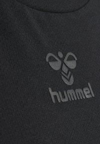 Hummel - HMLVANJA - Basic T-shirt - black - 3