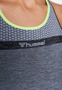 Hummel - HMLGIA SEAMLESS JUMPSUIT - Treningsdress - black melange - 5
