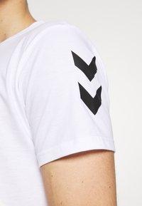 Hummel - Camiseta estampada - white - 4