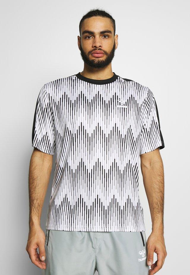 BLAZE - Print T-shirt - white