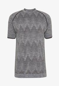 Hummel - SEAMLESS  - Print T-shirt - quarry - 3