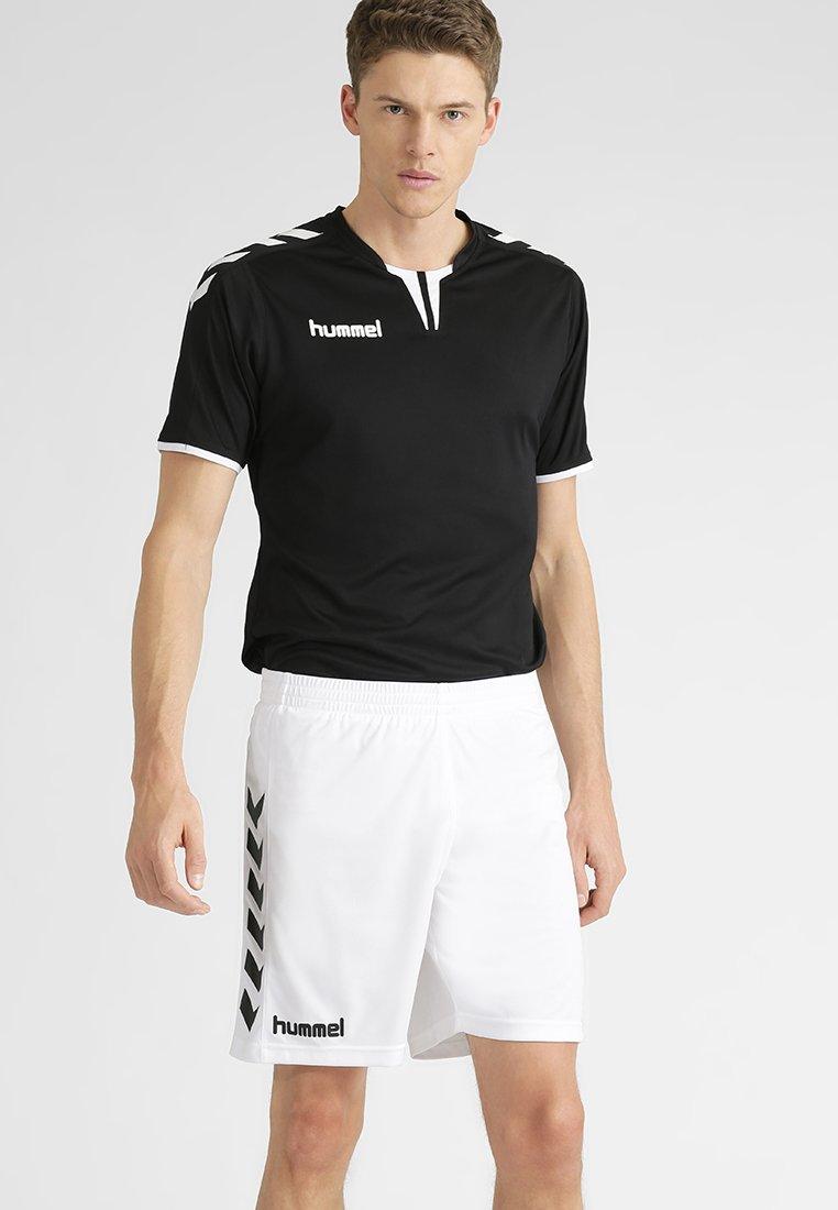 Hummel Core De Sport White ShortsShort vN8Omn0w