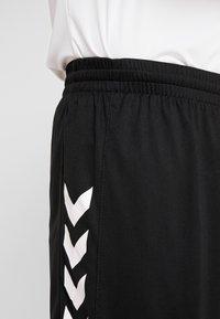 Hummel - CORE SHORTS - kurze Sporthose - black - 3