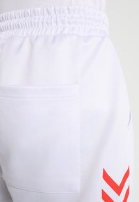 Hummel Hive - ALFRED PANTS - Jogginghose - white - 4