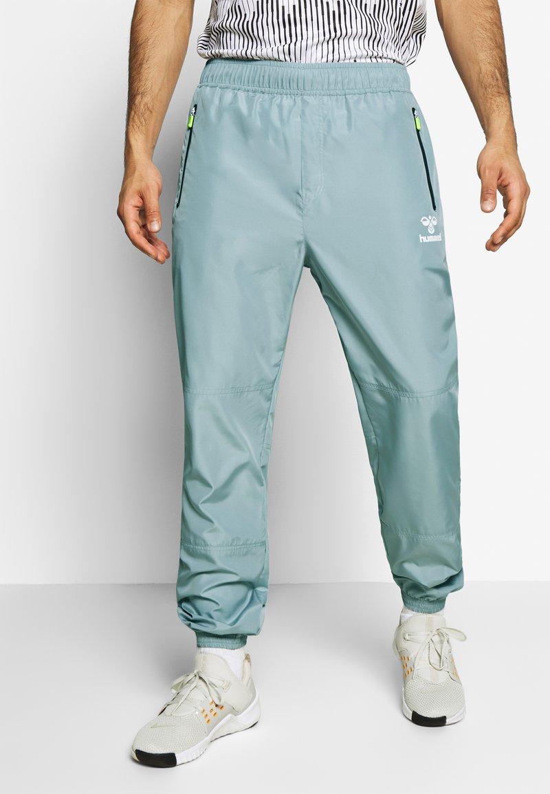 Hummel - MAGNUS PANTS - Pantaloni sportivi - quarry
