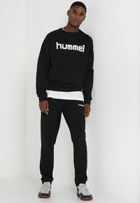 Hummel - GO LOGO - Sudadera - black - 1