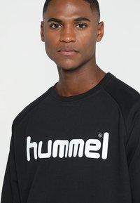 Hummel - GO LOGO - Sudadera - black - 4