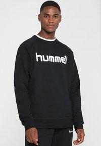Hummel - GO LOGO - Sudadera - black - 0