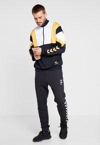 Hummel - HMLDRACO HALF ZIP - Sweatshirt - black - 1