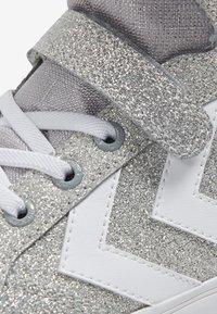 Hummel - Zapatillas - silver - 5