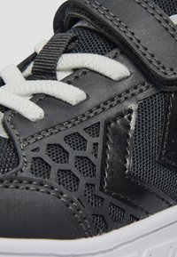 Hummel - CROSSLITE - Sportschoenen - dark grey - 5