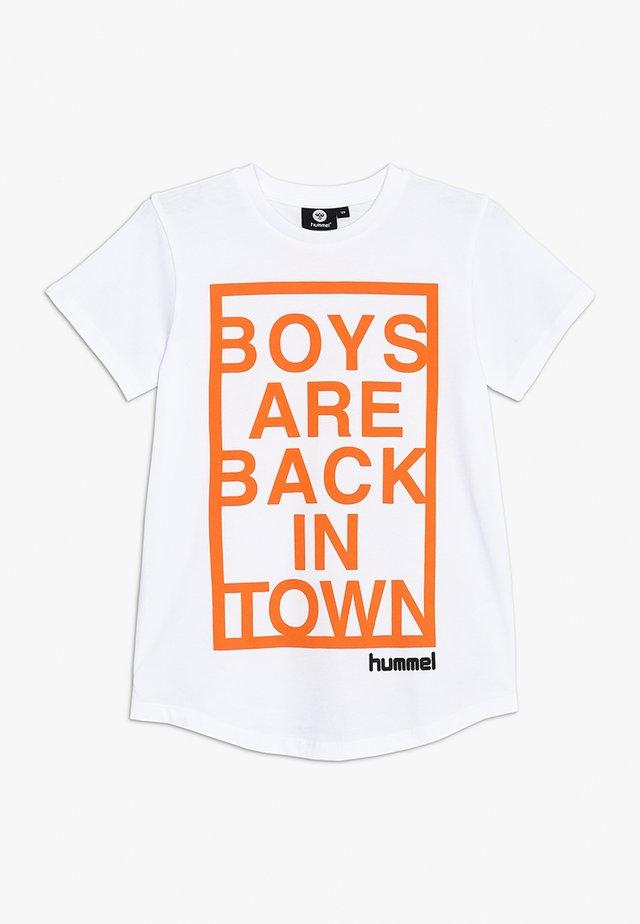 HMLBRYAN  - T-shirt con stampa - white