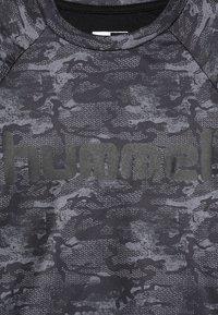 Hummel - ROAR - Camiseta de manga larga - black/grey - 4