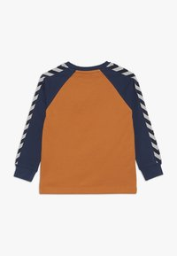 Hummel - HMLLUCKY - Camiseta de manga larga - apricot buff - 1