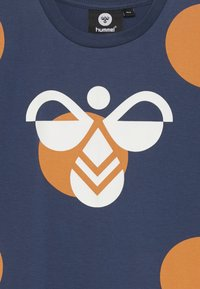 Hummel - BOB  - Camiseta estampada - dark denim - 3