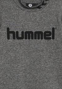 Hummel - HMLASK  - Forro polar - medium melange - 4