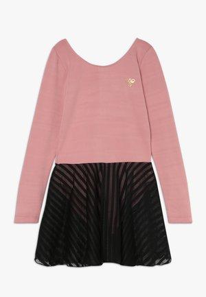 HMLMEJSE GYMSUIT - Jersey dress - ash rose