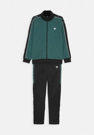HMLNAT TRACKSUIT SET - Trainingspak - mallard green