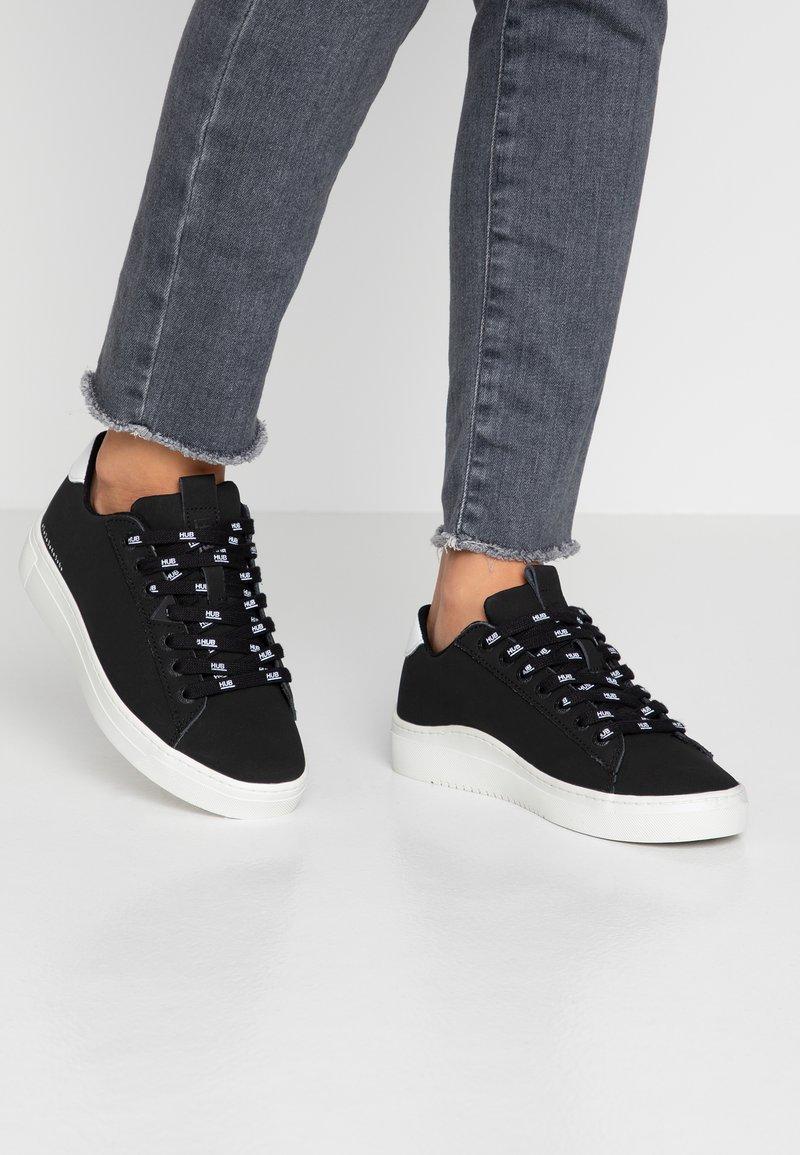 HUB - HOOK BRANDED - Sneakers - black/white/dust