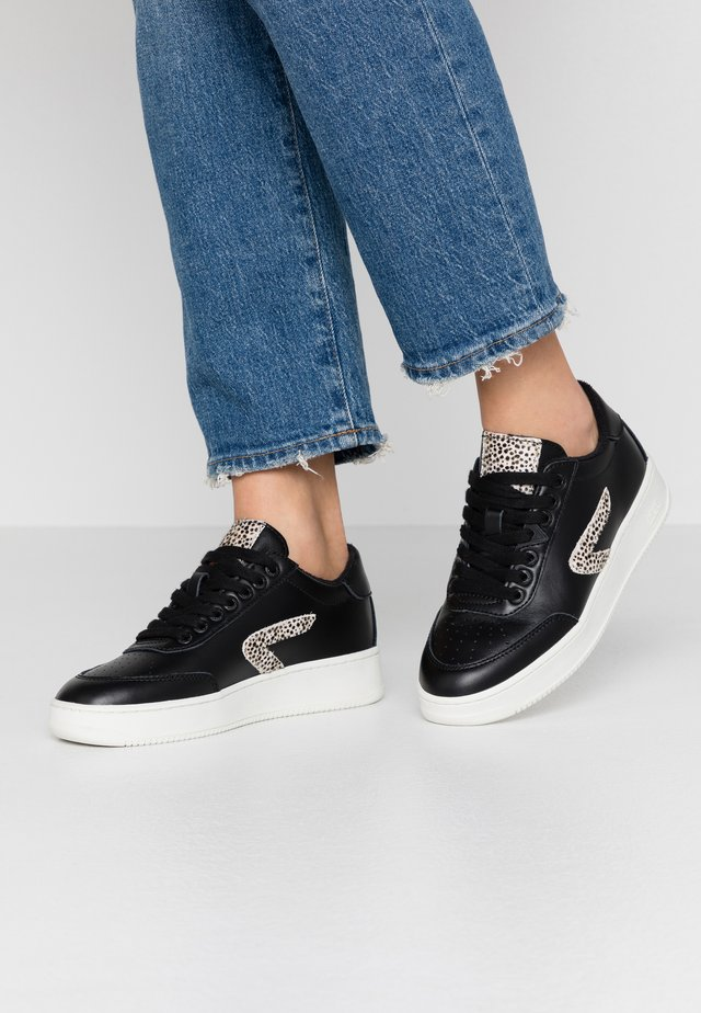 BASELINE - Trainers - black/offwhite