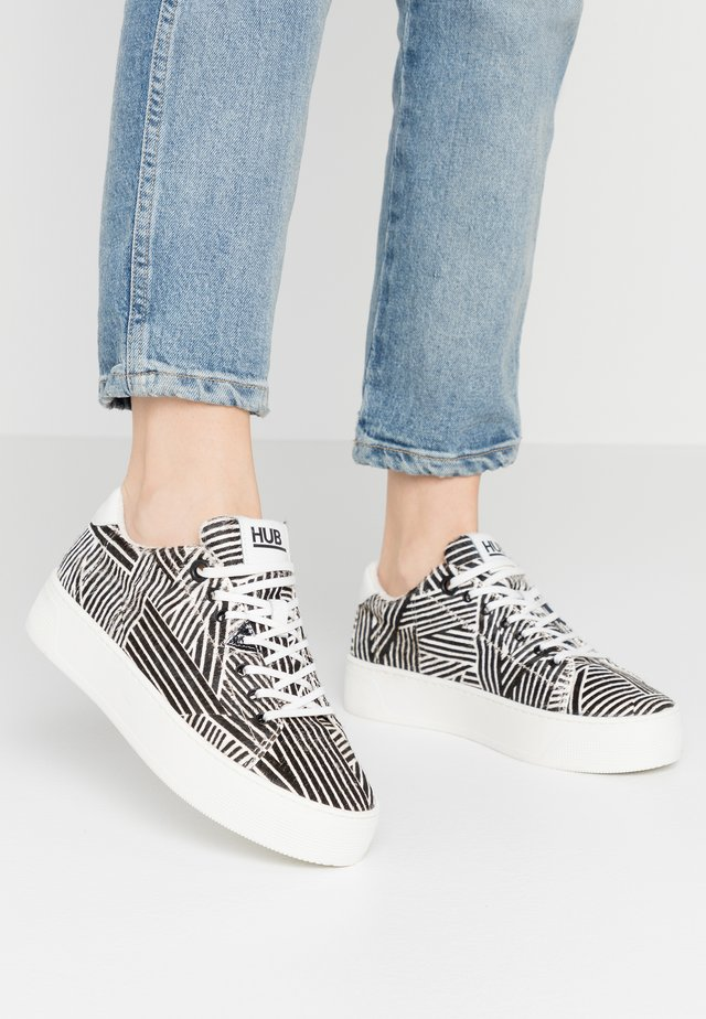 HOOK - Sneaker low - offwhite