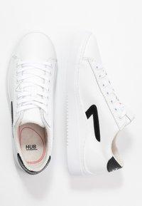 HUB - HOOK - Trainers - white/black - 3
