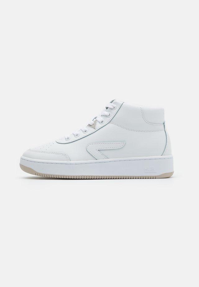 BASELINE MID - Sneakers high - white/bone