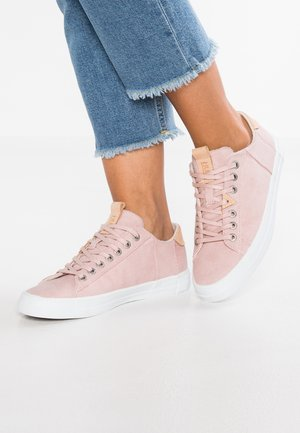 HOOK - Trainers - pastel rose/white