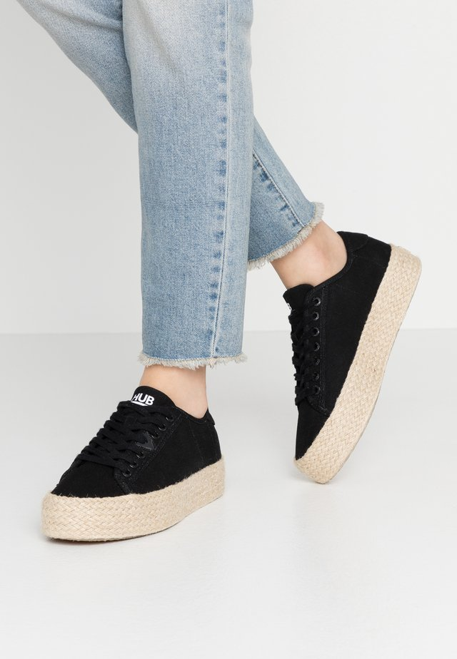 HOOK - Espadrilky - black