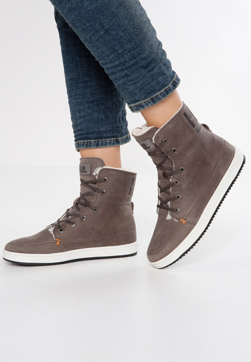HUB - CHESS  - High-top trainers - grey/offwhite/black
