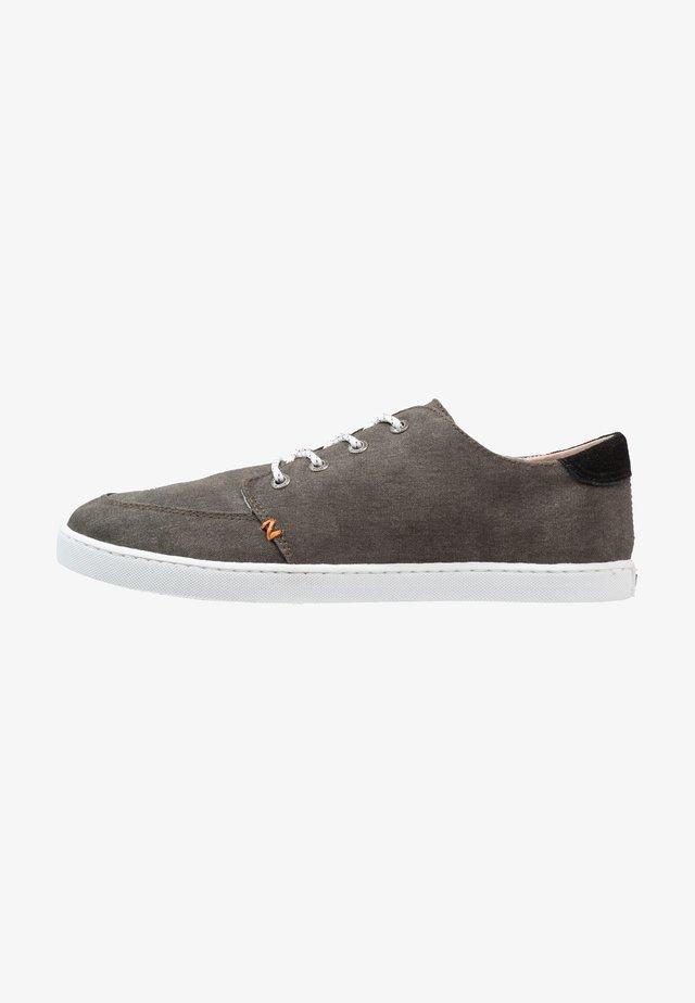 BOSS - Sneakers laag - black/white