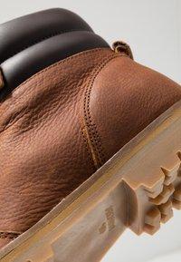 HUB - BELFAST - Lace-up ankle boots - cognac - 5