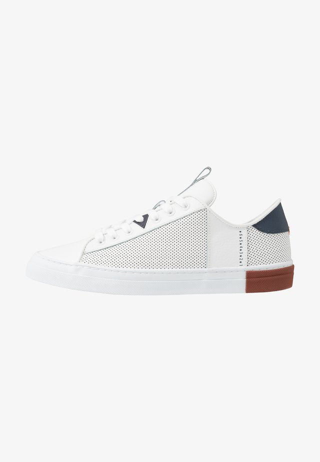 HOOK - Trainers - white/blue/gravel