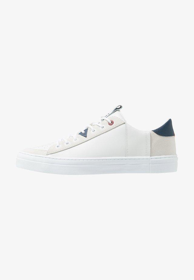 TOURNAMENT - Sneakers - white/blue