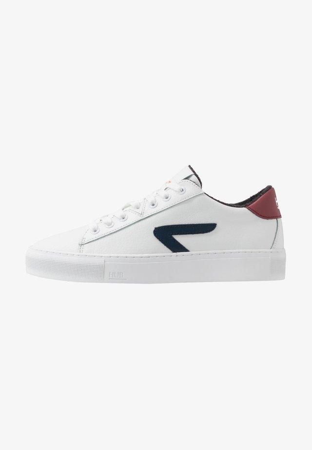 HOOK  - Sneakers - white/blue