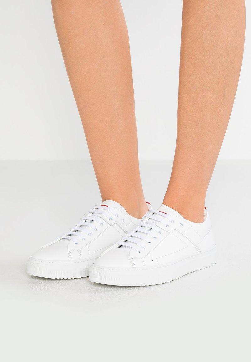 HUGO - FUTURISM  - Sneaker low - white