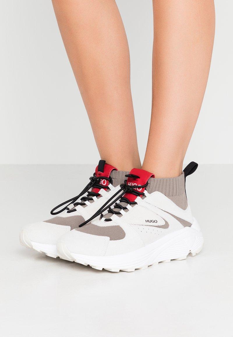 HUGO - HORIZON RUNN - Sneaker high - white
