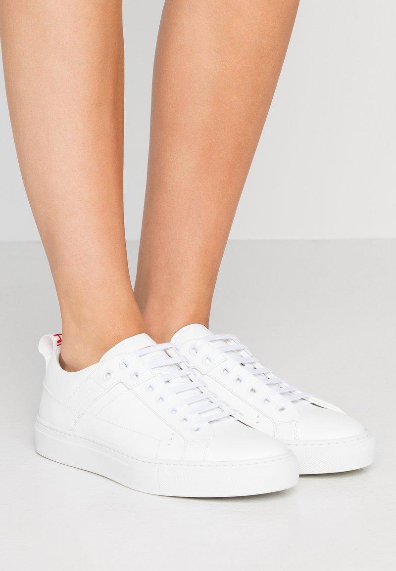 HUGO - MAYFAIR  - Sneakers - white
