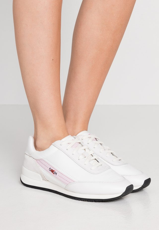AMY LACE UP - Sneakers - white