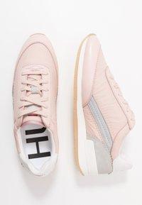 HUGO - AMY LACE UP - Tenisky - pastel pink - 3