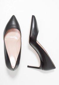 HUGO - HELLIA - Classic heels - black - 3