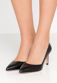HUGO - HELLIA - Classic heels - black - 0