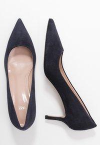 HUGO - INES - Classic heels - navy - 3
