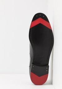 HUGO - MIDTOWN - Elegantní nazouvací boty - black - 4