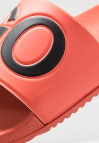 HUGO - TIMEOUT SLIP - Pantofle - bright orange - 6