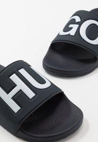 HUGO - TIMEOUT SLIP - Sandalias planas - dark blue - 5